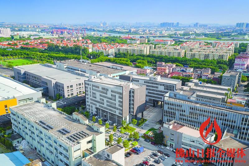此外,广东顺德创新设计研究院已建成并投入使用,吸引了近90名高端