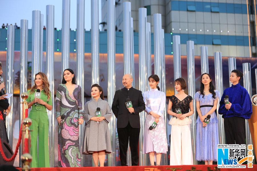 《歌手》2018总决赛红毯 帮唱嘉宾正式曝光