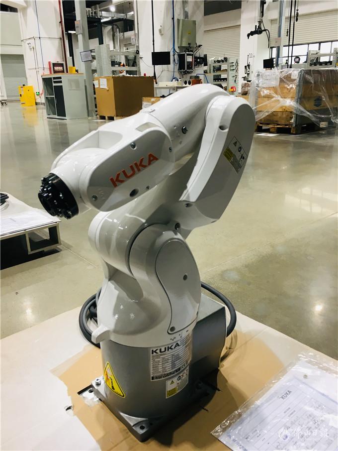 了不得!这些智能机器人上得了工地下得了厨房