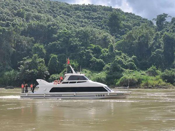 缅甸籍非法运营船只沉船,获救17人均为中国人